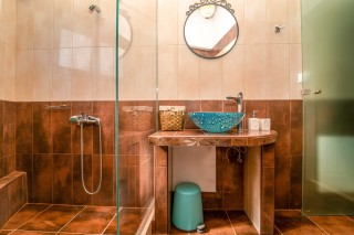 windmill ageras santa marina apartments bathroom